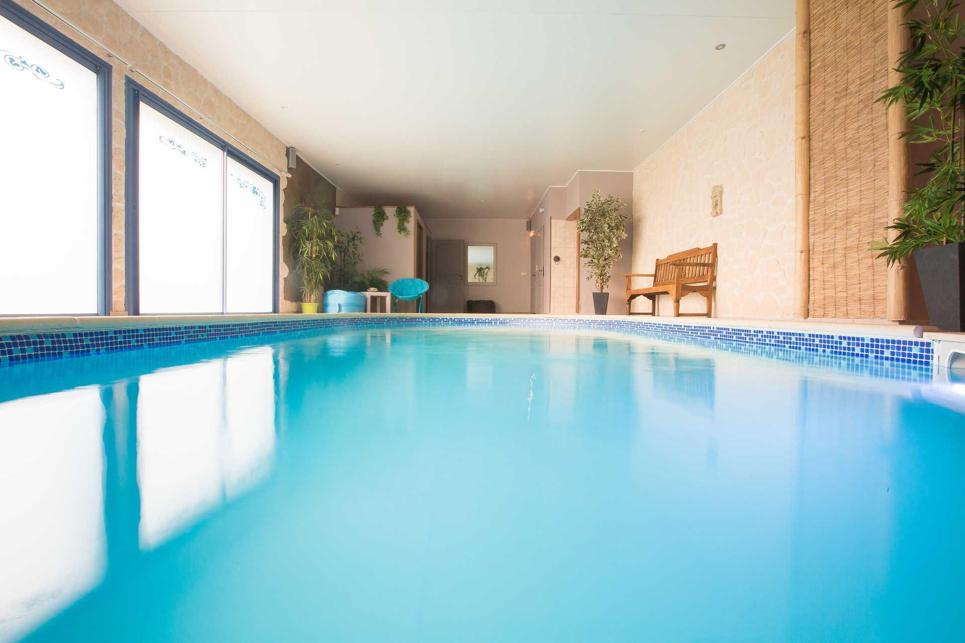 bleu-campagne-piscine